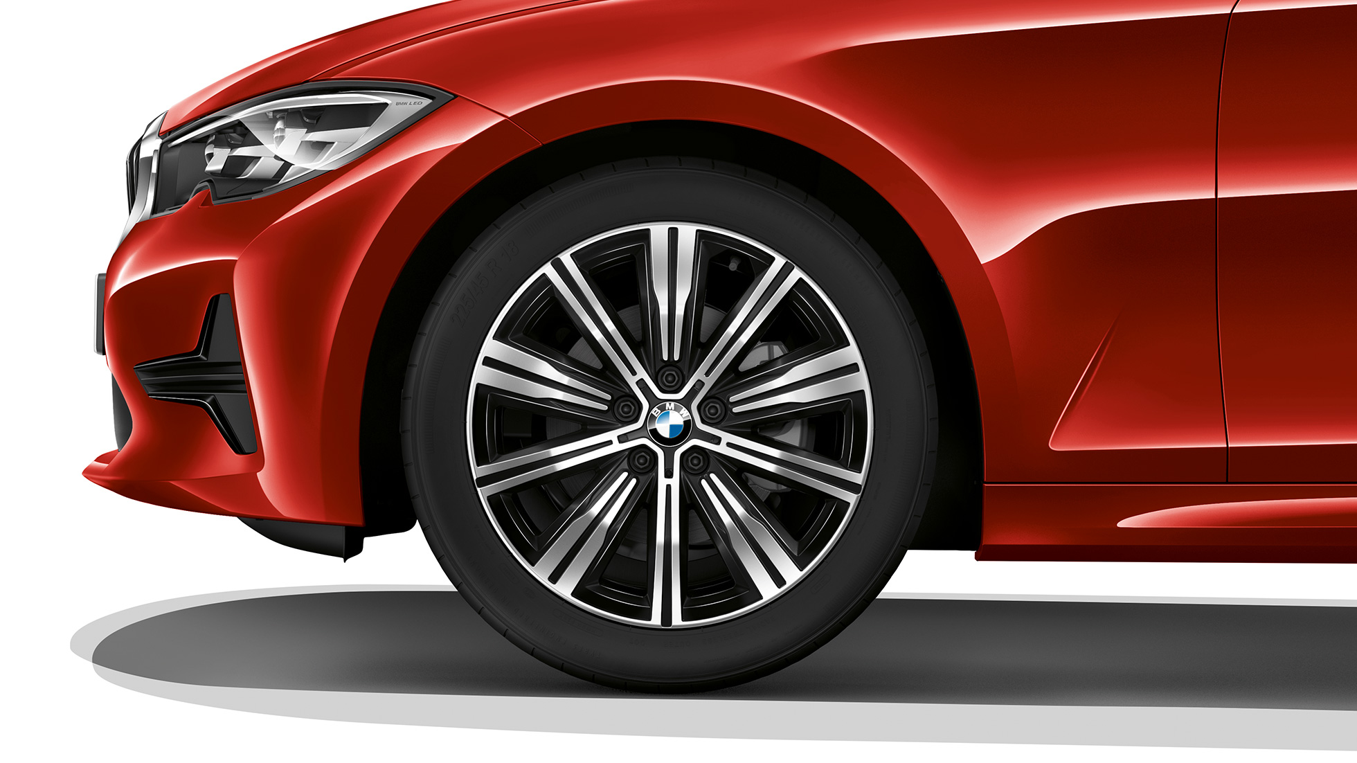 Close-up of the light alloy wheel of the BMW 3 Series Saloon with model SE features.