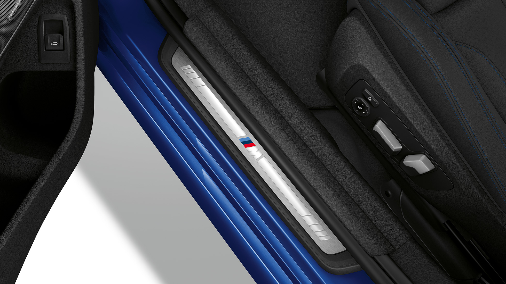 Top view of the door sill of the BMW 3 Series Saloon with Model M Sport features.