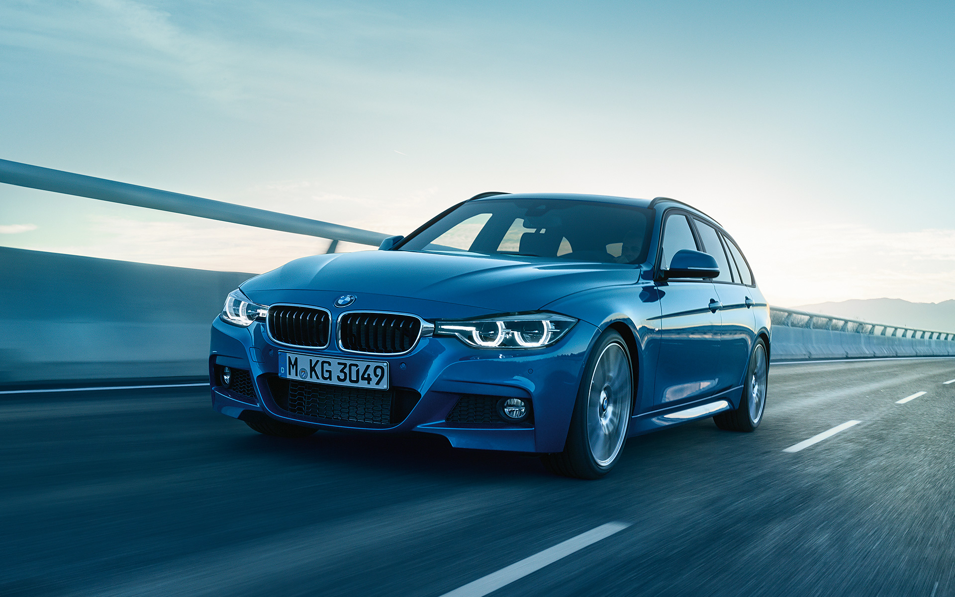 bmw 3 series touring images videos. Black Bedroom Furniture Sets. Home Design Ideas