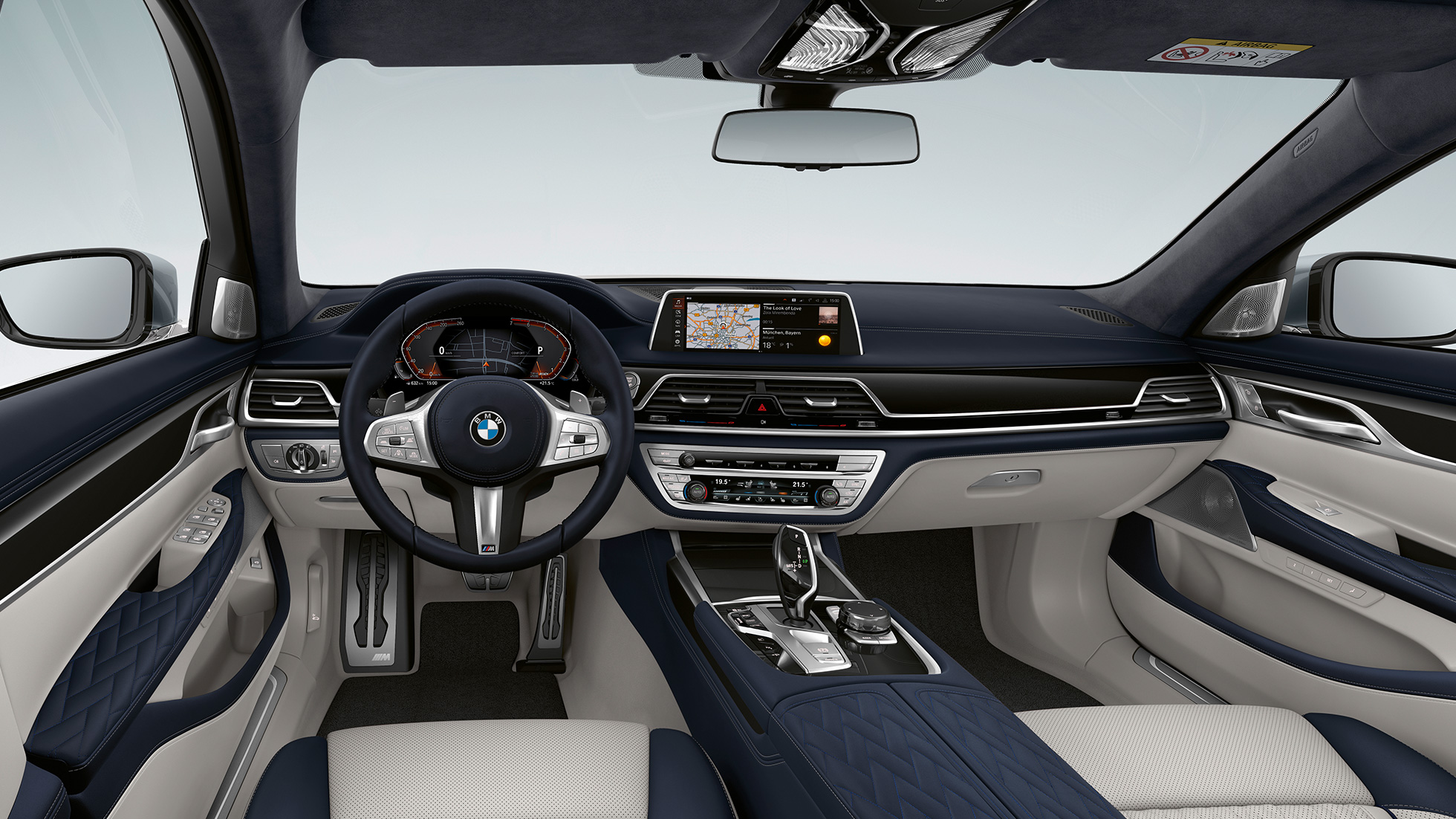 BMW 7 Series Saloon M Sport package interior