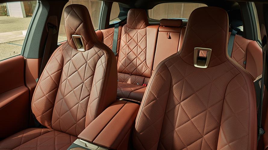 BMW iX i20 2021 electric SUV interior Suite leather Castanea