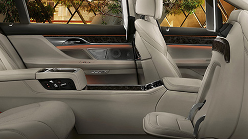 BMW 7 Series Saloon luxurious and sophisticated