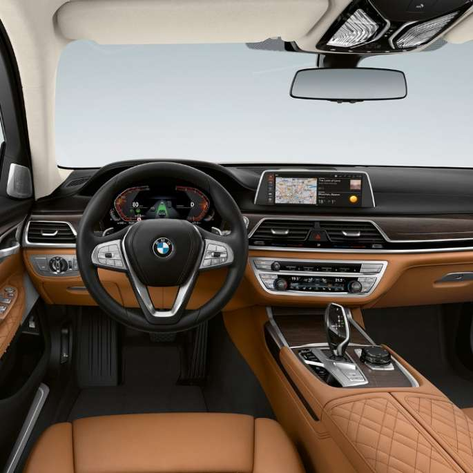 BMW 7 Series Saloon with Exterior Design Pure Excellence Interior